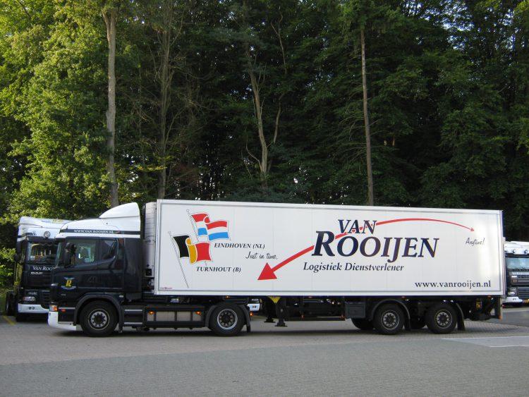 Vrachtwagenbelettering Van Rooijen Logistiek