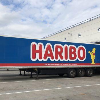 Vrachtwagenbelettering Haribo
