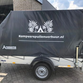 Aanhangwagenbelettering Kampeerspullenverhuur.nl